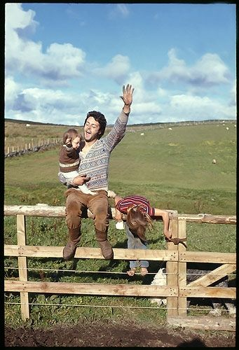 Paul and the Kids Paul McCartney with his children at their family farm in Mull of Kintyre, Scotland in 1970.