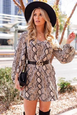 Desert Oasis Snakeskin Balloon Sleeve Shift Dress In 2020 Shift Dress Navy Floral Maxi Dress Sparkle Dress