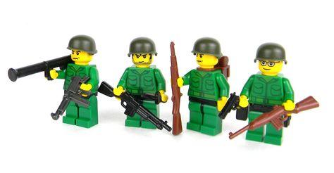 US Army WW2 Mortar team made with real LEGO® minifigures SKU70
