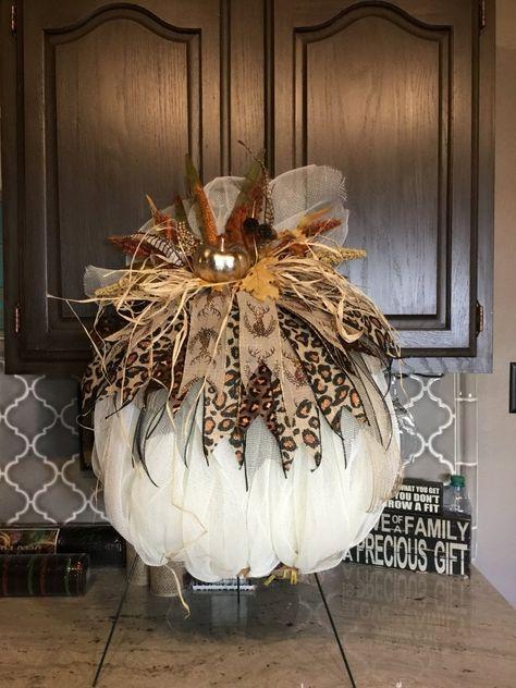 Fall Pumpkin Wreath Harvest Pumpkin WreathAutumn Pumpkin W Thanksgiving Wreaths, Thanksgiving Decorations, Holiday Wreaths, Halloween Decorations, Holiday Decor, Fall Decorations, Mesh Wreaths, Tulle Wreath, Winter Wreaths