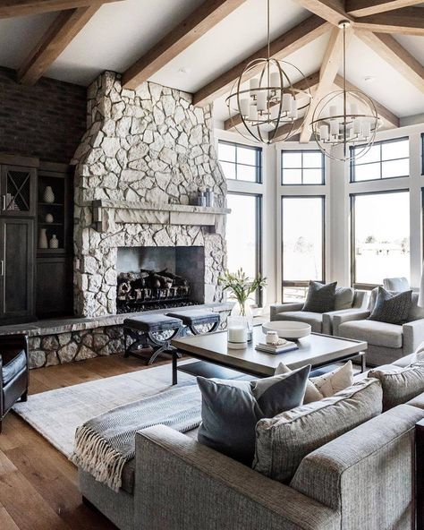 earthcore.com | Instagram: @isokernfireplaces #isokernfireplaces #earthcore #indoorfireplace #livingroom #rustic #modernfarmhouse #interiordesign