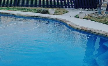 32x16 Ft Pool Plus 400 Sq Ft Of Concrete For 45 500 Request A Free Estimate Pool Swimming Pool Builder Pool Contractors
