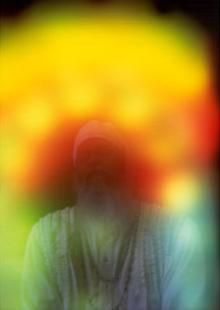 Divine Remedy Shree Swamijis Aura Photos Taken In UK With Kirlian Photography