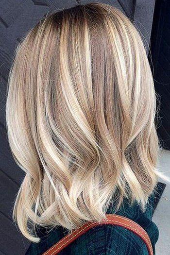 Watch Beautiful Balayage Highlights Inspiration For Your Next Salon Visit Schones Blond Blonde Haare Ideen Kurze Blonde Haare