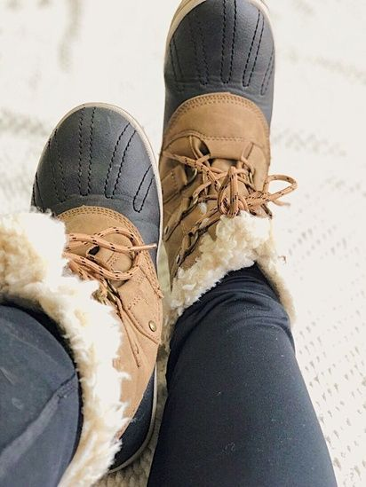 6d0e705eb3f Loving this classic winter boot with a luxe twist by Tory Burch. These  adorable boots are made to keep the toes warm while a sturdy r…