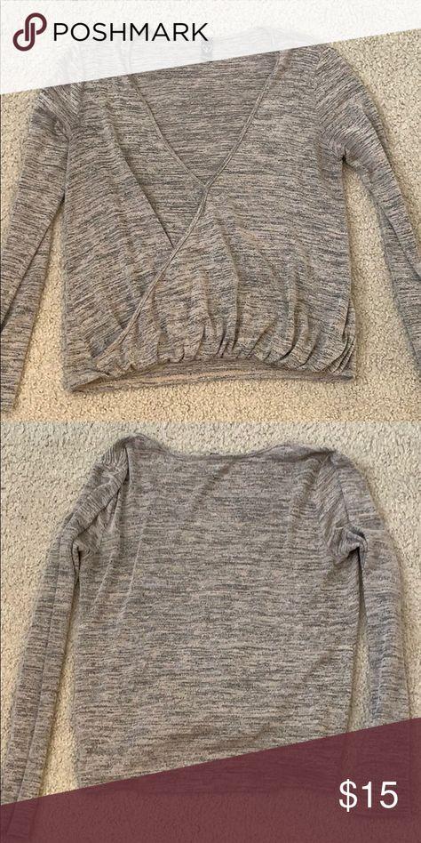 Windsor light sweater Size S but runs a little big Sweaters V-Necks