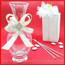 Bottiglie Bomboniere Matrimonio Prezzi.Vasi Centrotavola Bottiglie Decorate Nastri E Strass Idee