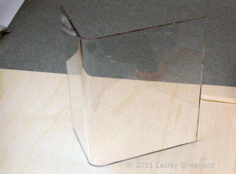 Bend Sheet Acrylic Or Plexiglass For Crafts Using Simple Tools In 2020 Plexiglass Acrylic Sheets Miniature Projects