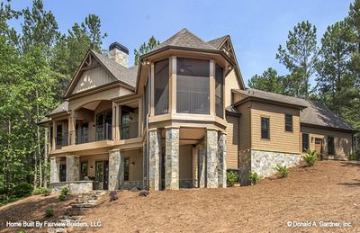 House Plan The Butler Ridge By Donald A Gardner Architects Craftsman House Plans Sloping Lot House Plan Craftsman House