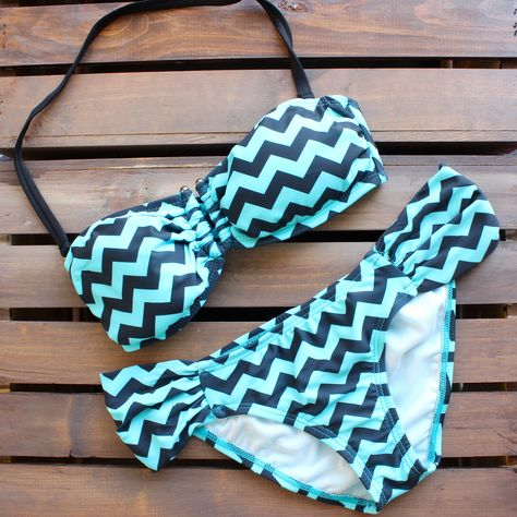 NO TAX & FREE SHIPPING ON ALL US ORDERS This gorgeous two piece bikini features a black and mint chevron print with a bandeau top, U hardware trim, removable ha