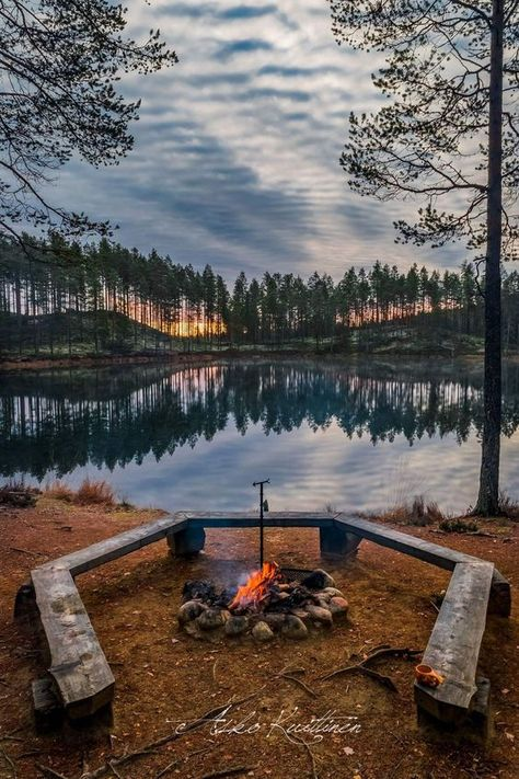 Finland by photographer Asko Kuittinen - Reisen, sehen, essen Lappland, Helsinki, Finland Summer, Ski Et Snowboard, Places To Travel, Places To Visit, Lapland Finland, Sauna, Plein Air