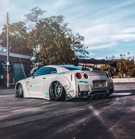 r35 grigio HOT Wheels-Nissan Skyline 2017 GT-R