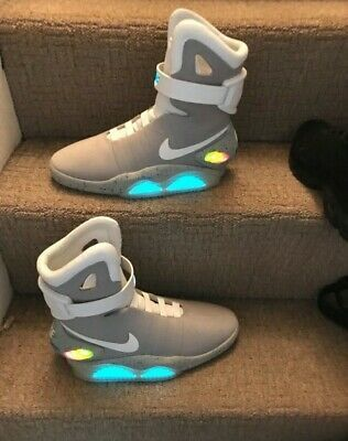 Seis bota Proporcional  Nike Mag - Latest Nike Mag for Sales #nike #nikemag in 2020 | Nike air mag,  Nike mag, Womens shoes sneakers