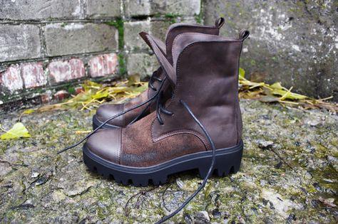 e9b209374be8a Épinglé par Vitalyk Kenoby sur Handcrafted Leather shoes   Pinterest