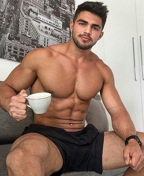 Model Male