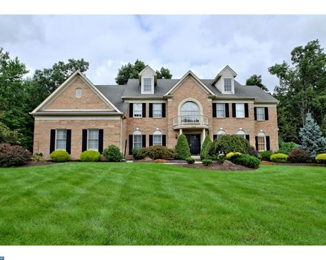 1387 landis drive north wales pa homes for sale in north wales pa rh pinterest ie