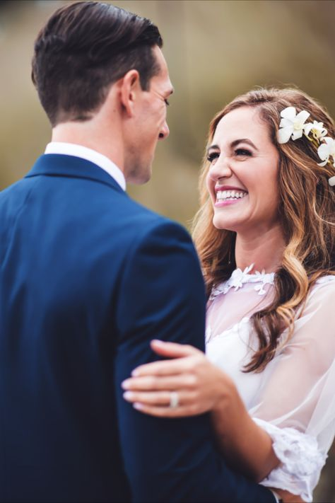 The bride and groom's first look reactions at their lakeside wedding in New Jersey | Photographer: Live Picture Studios #njweddingvenue #njweddingvenues #bride #brideandgroom #weddingphotos #outdoorwedding #lakesideweddingvenue #bridalaccessories #bridalhair #bridalmakeup