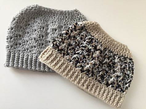 a15c881e7f4 The Best Free Crochet Ponytail Hat Patterns (aka Messy Bun Beanies) – This  Season s Fave Gift!