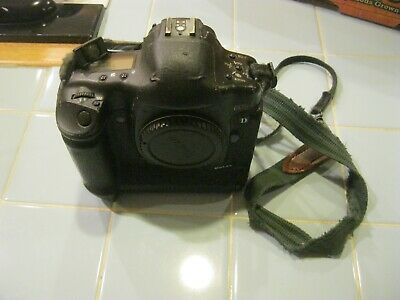 Canon Eos 1d Mark Ii N Camera Body 1 Battery Camera Neck Strap Camera Wrap Digital Camera