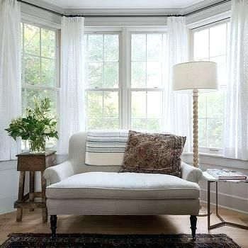 This Roundup Is Full Of Amazing Bay Window Decorating Ideas For Different Rooms Window Treatme Bay Window Living Room Cottage Living Rooms Living Room Windows