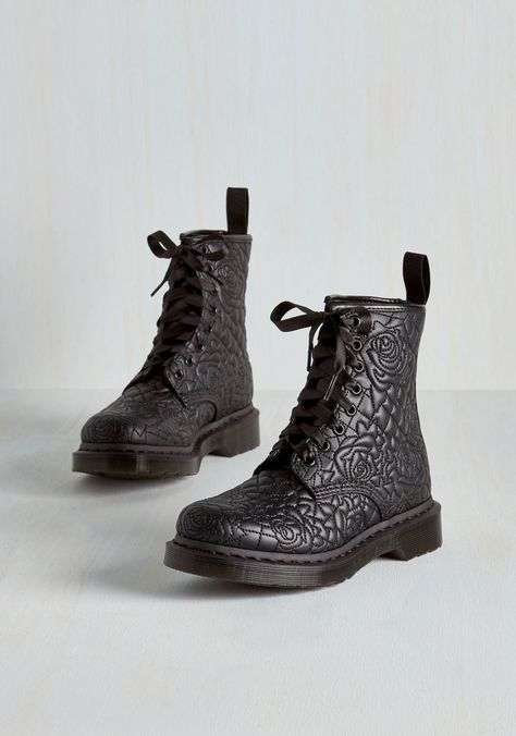 Front Rose Center Boot, #ModCloth
