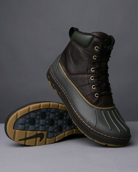 womens nike acg woodside boots
