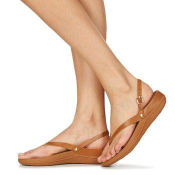 Flip leather sandals | Sandals, Leather sandals, Fitflop