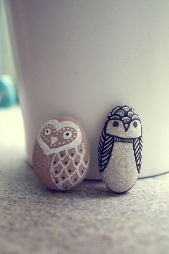 lil' owl pebbles. adorable.