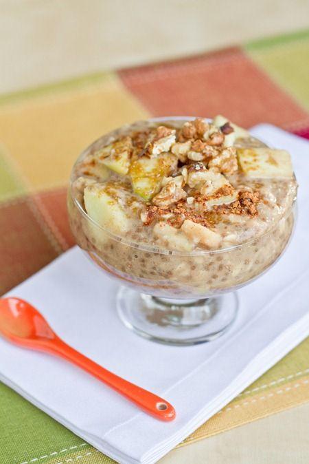 Apple Pie Oatmeal by ohsheglows #Oatmeal #Apple_Pie #Vegan #Healthy