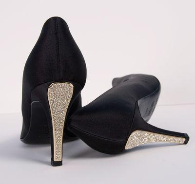 Love the glitter heels!