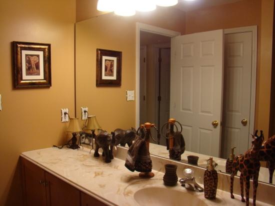 59 Bathrooms African Jungle Safari, African Safari Bathroom Decor