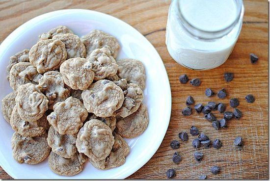 Skinny Chocolate Chip Cookies...30 calories