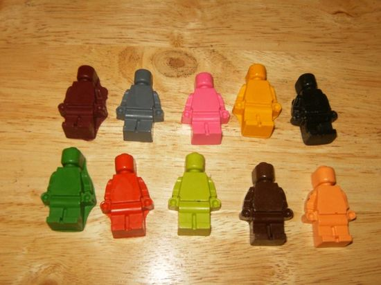 lego party crayons