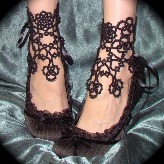 Tatted ankle corsets ... wow!