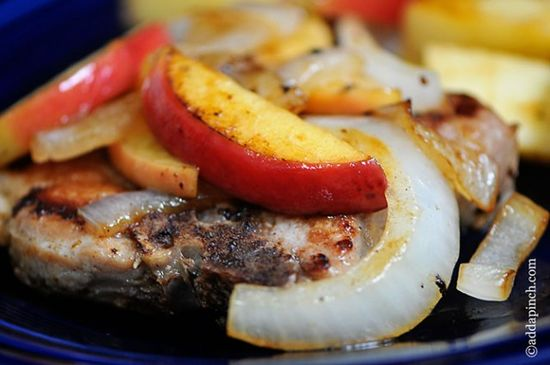 Pork Chops with Apples and Onions Recipe - Cooking