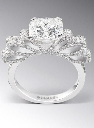 New and Old Glamour: Chanel Engagement Ring. LOVE!