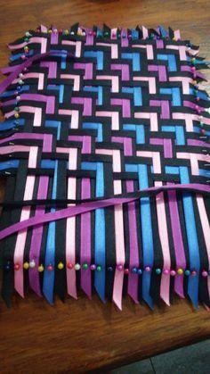 Triaxial Ribbon Weaving. It f