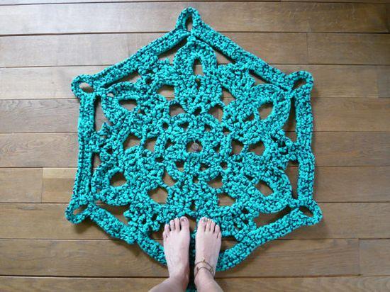 crochet rug. so love this! ??
