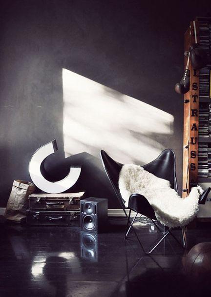 Méchant Design: Butterfly chair #HOME #INTERIOR #DECOR #DESIGN