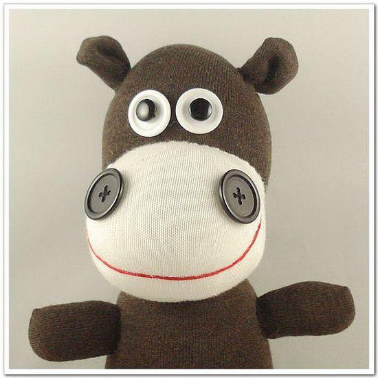 super cute sock hippo!