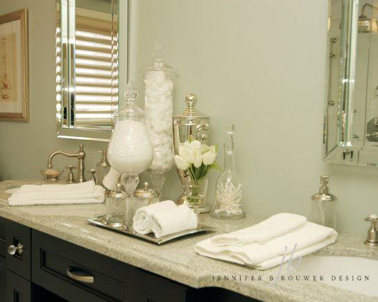 Aurora bathroom designed by Jennifer Brouwer Design. #jbd #intdesign #bathroom