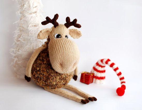 Pop-eyed Elk - knitt