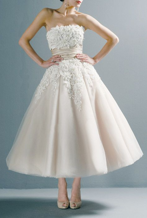 Vintage 50s Tea-length retro wedding dress #navy & white retro wedding board... Wedding ideas for brides, grooms, parents & planners ... itunes.apple.com/... … plus how to organise an entire wedding, without overspending ? The Gold Wedding Planner iPhone App ?