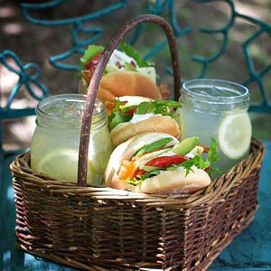 Fresh & healthy avocado club sandwiches, inspired by the bounty of late spring farmer's market, are perfect for an impromptu afternoon picnic on the front porch or back yard swing. Wrap these easy-to-assemble sandwiches in wax paper, pile into a basket with tall glasses of lemonade served in old fashioned mason jars and enjoy the day.