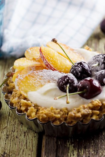 Fruit & Yogurt Tarts - yummy brunch idea!