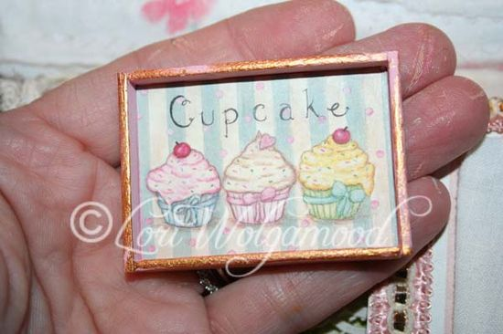 Three Cupcakes Doll House Handmade - Miniature Print -  Vintage Nest Designs, Creative Handmade and Hand Painted Designs