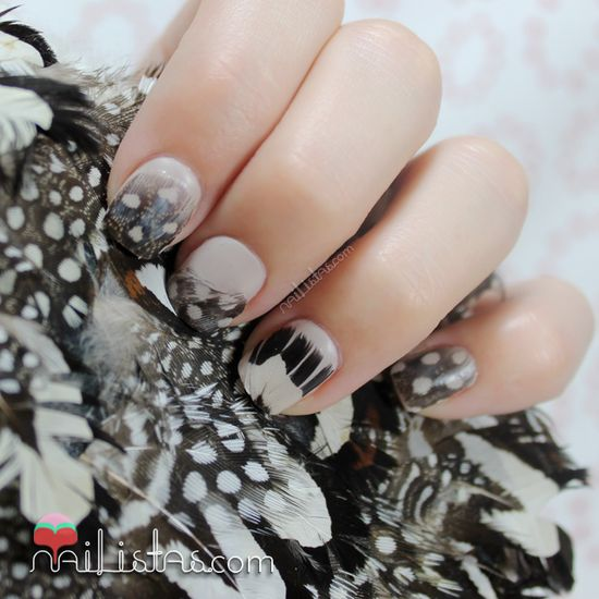 Feathers nail art by Nailistas