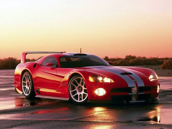 Red color Dodge Viper 2012