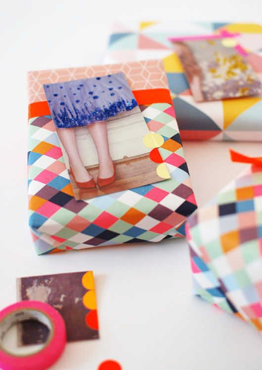 DIY Gift Tags From Magazine Pages #gift wrap