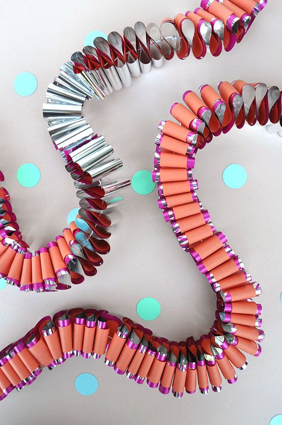Garland away the birthday day: Mylar Garland DIY! #diy #garland #birthday